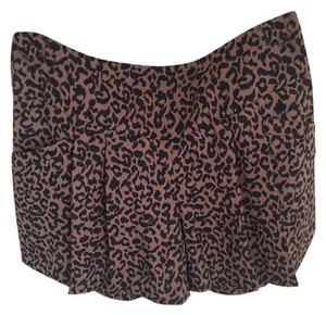 Ann Taylor LOFT Highwaitsed Cheetah Mini/Short Shorts Brown and Black