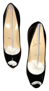 Christian Louboutin Chic Sleek Exclusive Evening Black Pumps