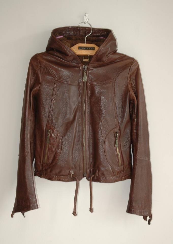 Harley-Davidson women's motorcycle jackets rival our bikes when it comes to quality, style, and attention to detail. Whether it's leather, functional outerwear, or textile fabric, H-D jackets and coats will provide the very best protection, style, and comfort – on your bike or off.