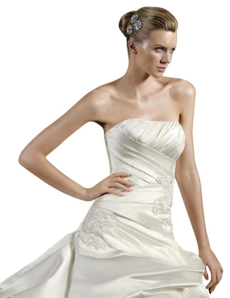 Pronovias Ivory Light Ivory Satin Tobogan Pickup Ballgown Strapless ...