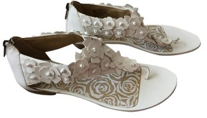 Kenneth Cole Leather White Sandals