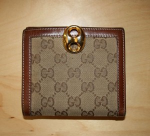 Gucci Gucci Leather and Canvas GG Monogram Gold Clasp Closure Wallet