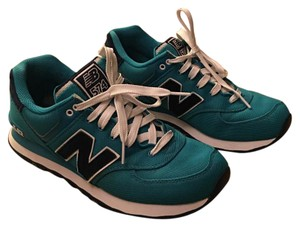 New Balance Turquoise Athletic