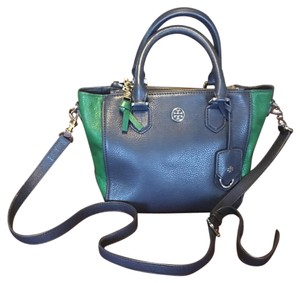 Tory Burch Tote in Green/Blue