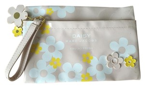Marc Jacobs Daisy print pouch