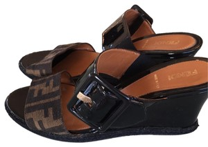 Fendi Brown and black Sandals