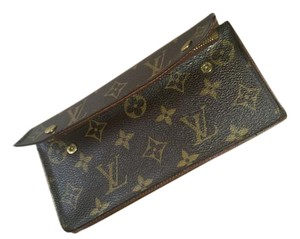 Louis Vuitton Louis Vuitton Accordion Clutch/wallet