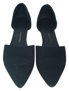 Chinese Laundry Suede Black Flats
