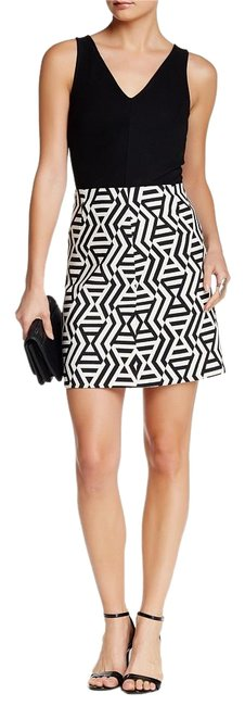 Karen Kane Jacquard A-line Mini Mini Skirt black and white print Image 2