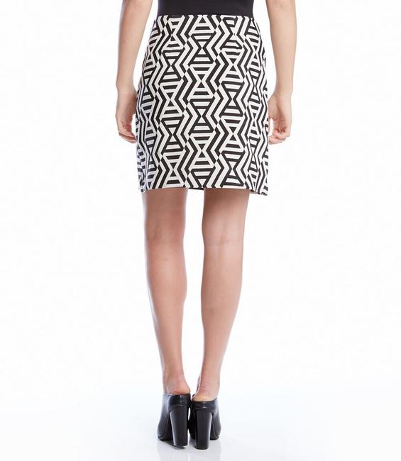 Karen Kane Jacquard A-line Mini Mini Skirt black and white print Image 5
