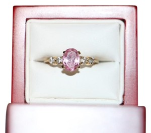 VINTAGE 14K YELLOW GOLD RING WITH PINK STONE