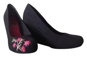 Unlisted by Kenneth Cole Black with floral embroidery Wedges