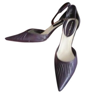 Bandolino Leather Pleated Pointed Toe purple Pumps