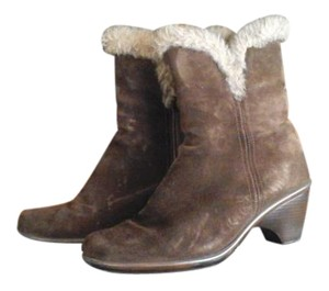 Dansko Suede Faux Fur Trim Rare Brown Boots