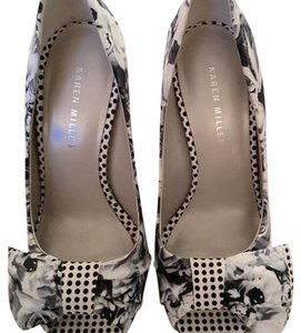 Karen Millen Rose Pump Polka Dot Pump Black and white Platforms