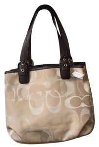 Coach Tote in Light Khaki