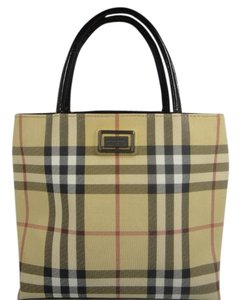 Burberry Tote in Monogram