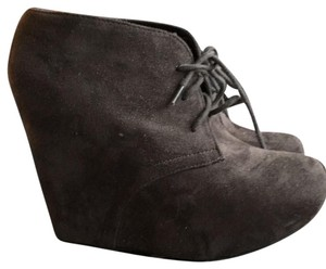 Rue 21 Gray Boots