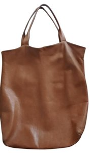 Wvbelt Raw Leather Natural Leather Tote in Natural/light tan
