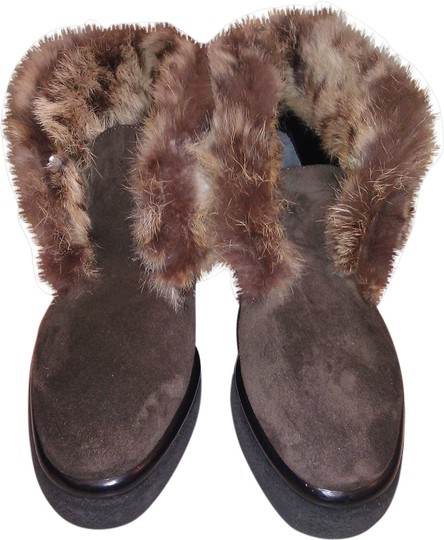 Preload https://img-static.tradesy.com/item/1954266/robert-clergerie-brown-new-real-fur-suede-ankle-bootsbooties-size-us-55-0-0-540-540.jpg