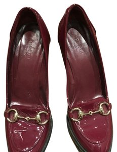 Gucci Burgundy patent leather Pumps
