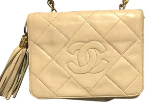 Vintage White Chanel Small Cross Body Cross Body Bag
