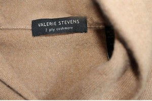 Valerie Stevens Cashmere Warm Cozy Sweater