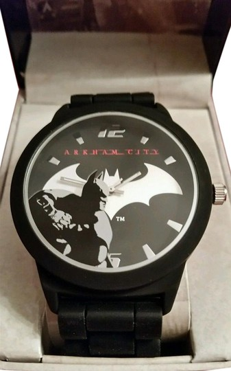 DC Comics New Batman Arkham City DC Comics Black and Silver tone Emblem Watch Image 0