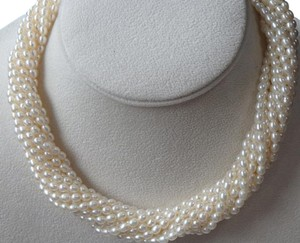 Tiffany & Co. Tiffany & Co. 925 Silver Paloma Picasso 12 strands Pearl Necklace 17
