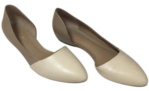 Naturalizer Ivory & nude Flats