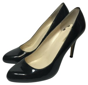 Max Studio Black Pumps
