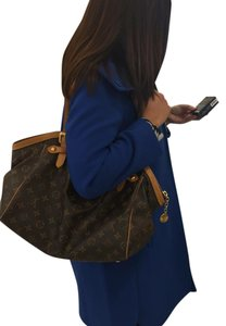 Louis Vuitton Tote in Monogram Leather