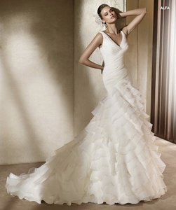 Pronovias Alfa Organza Layer Vnk Wedding Dress