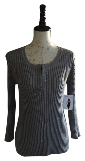 Preload https://item2.tradesy.com/images/cable-and-gauge-silver-sweaterpullover-size-16-xl-plus-0x-1954506-0-0.jpg?width=400&height=650