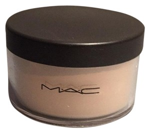 MAC Cosmetics MAC Studio Finish Face Powder C25