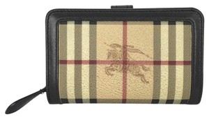 Burberry BURBERRY Knight Check Med Wallet!