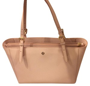Tory Burch Classic Leather Feminine Tote in Light Oak