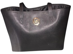 Michael Kors Weekend Tote in Black