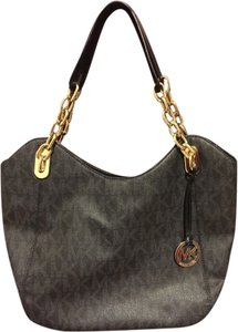 5099f30e27e2 Michael Kors Lilly Bags - Up to 70% off at Tradesy