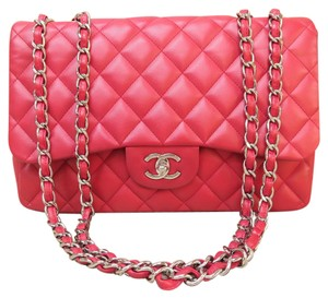 Chanel Jumbo Single Flap Shoulder Bag