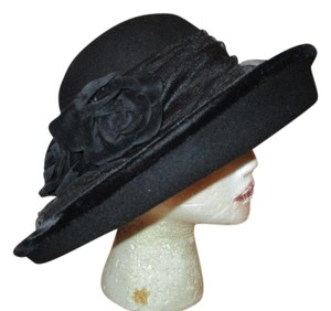 August wide brim wool with tulle & velvet