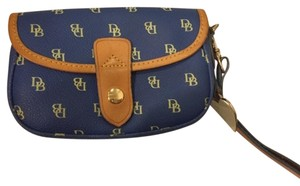 Dooney & Bourke Wristlet in Blue