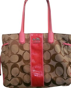 Coach Signature Chelsea Satchel in Tan/Coral Pink