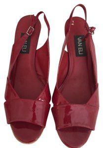 Vaneli Red Wedges