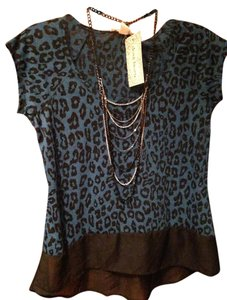 Derek Heart Top Blue with black leopard print