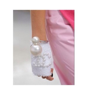 Chanel Chanel Pearl Bangle