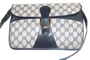 Gucci Equestrian Accents Envelope Style Two-way Style Excellent Vintage Cross Body Bag