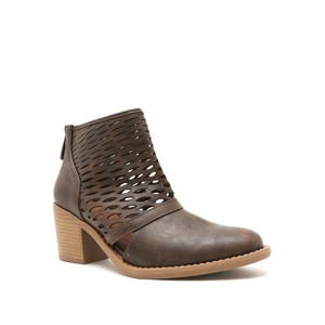 Qupid Fashion Style Taupe Boots