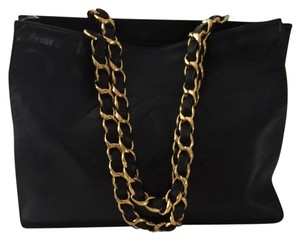 Chanel Xl Leather Chain Tote in Black