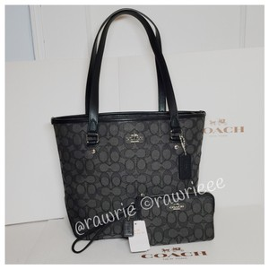 Coach Gift Set Matching Set Tote in black